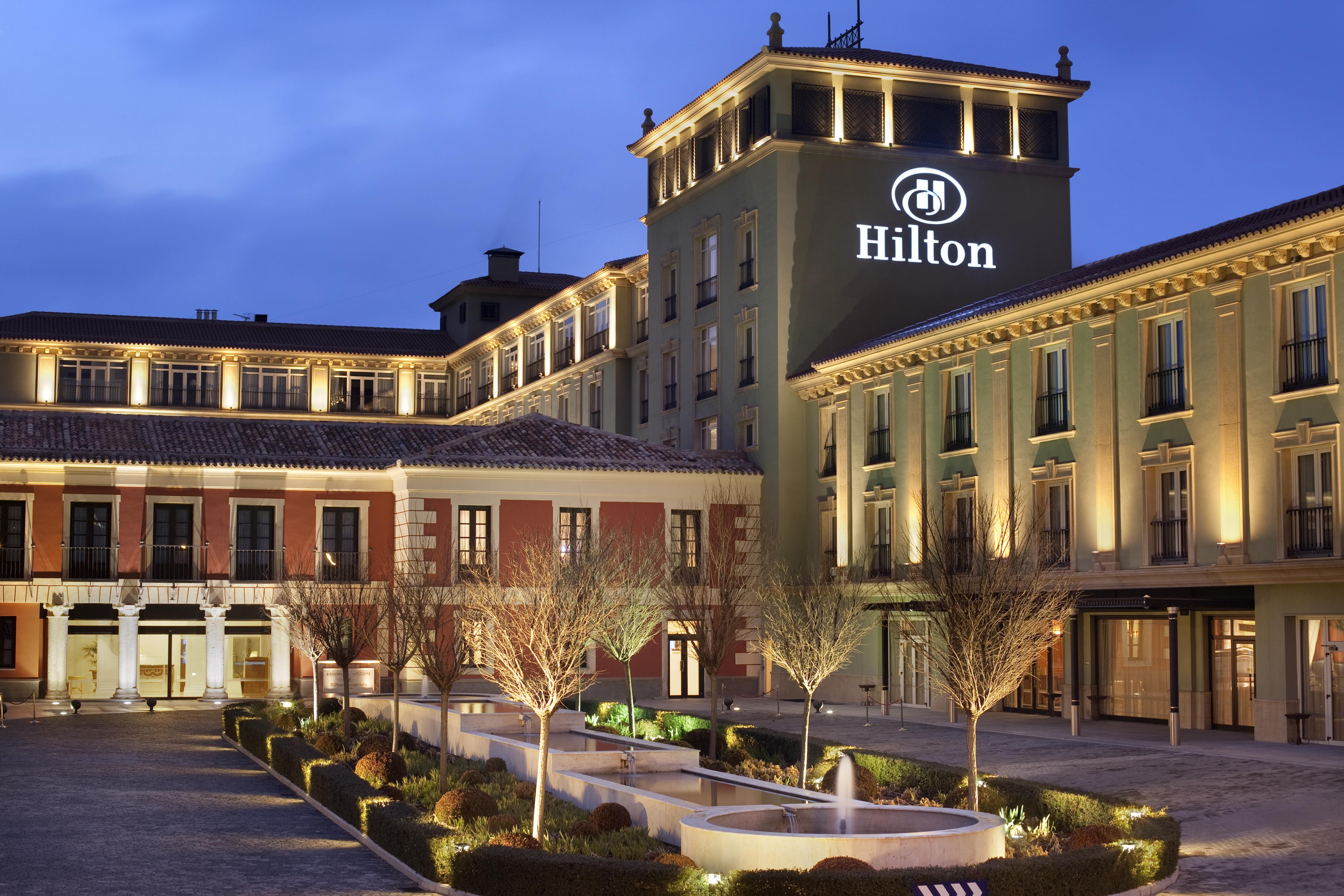 Opiniones de hilton hotels resorts for Hoteles para 5 personas